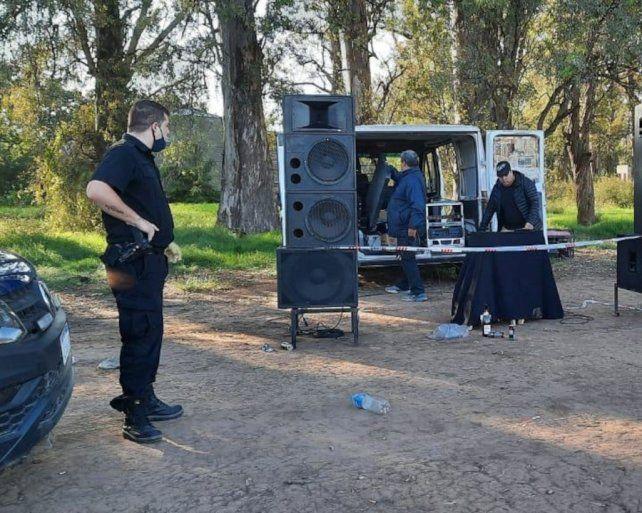 In fraganti. Los organizadores fueron detenidos en la Estancia Santa Rosa