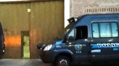 El galpón de Moreno al 3700 donde intervino personal de la Policía Federal.