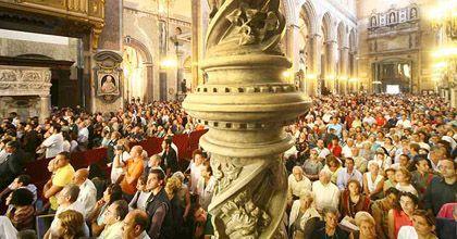 Otra vez el milagro: la sangre de San Gennaro volvió a licuarse