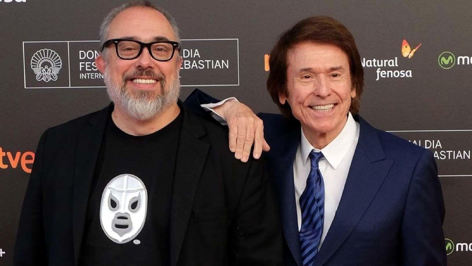 Dúo dinámico. El director y el cantante unidos por la comedia.
