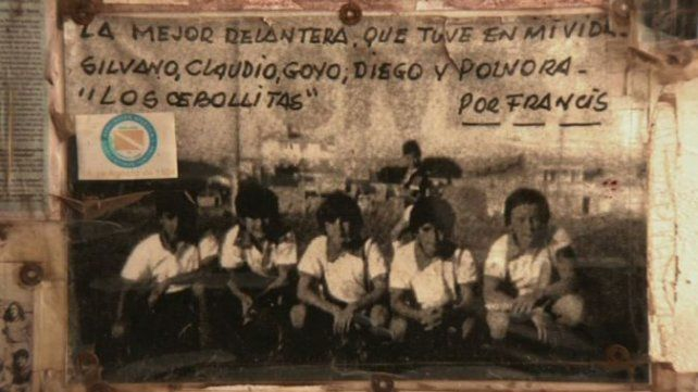 El equipo de Lso cebollitas con Diego y Goyo Carrizo