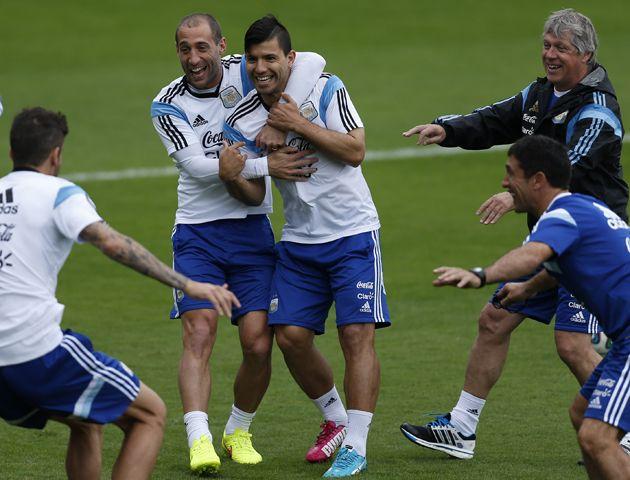 El equipo de Alejandro Sabella sigue trabajando de cara al debut del próximo domingo ante Serbia.