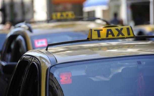 Cuenta regresiva. Los taxistas se preparan para aplicar los nuevos valores.