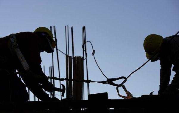 Control. La Municipalidad tendrá identificados a todos los empleados de las obras. Aseguran que hay colaboración porque los mismos propietarios se sienten más seguros con la medida.