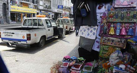 Los puestos de venta de la calle San Luis ahora serán todos iguales