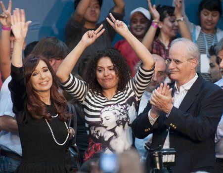 candidatos. Cristina jugó al misterio hasta al final y logró acaparar el centro de la escena política.