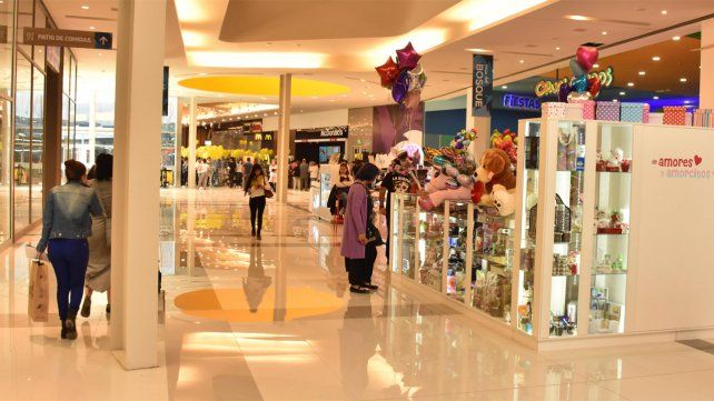 Abrieron los grandes shoppings de la ciudad, pero siguiendo estrictos protocolos