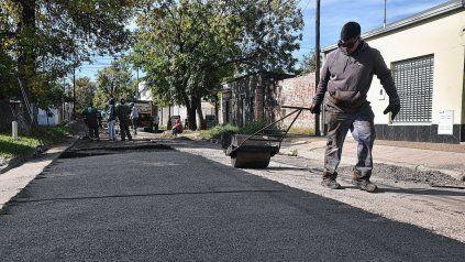 Trabajos de bacheo en la ciudad de Santa Fe