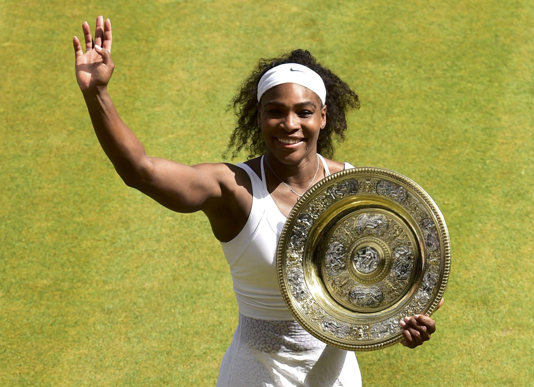 Serena festeja su sexto título en Wimbledon.  (Foto: Reuters)