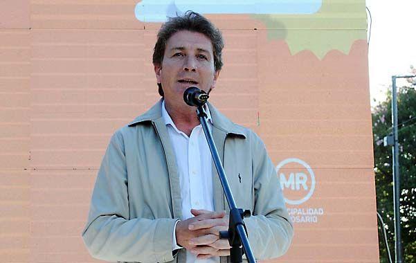 """""""Trabajaré por el pavimento definitivo en todos los barrios"""", aseguró Ghirardi"""