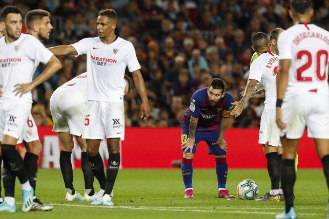 Messi volvió al gol con un exquisito tiro libre