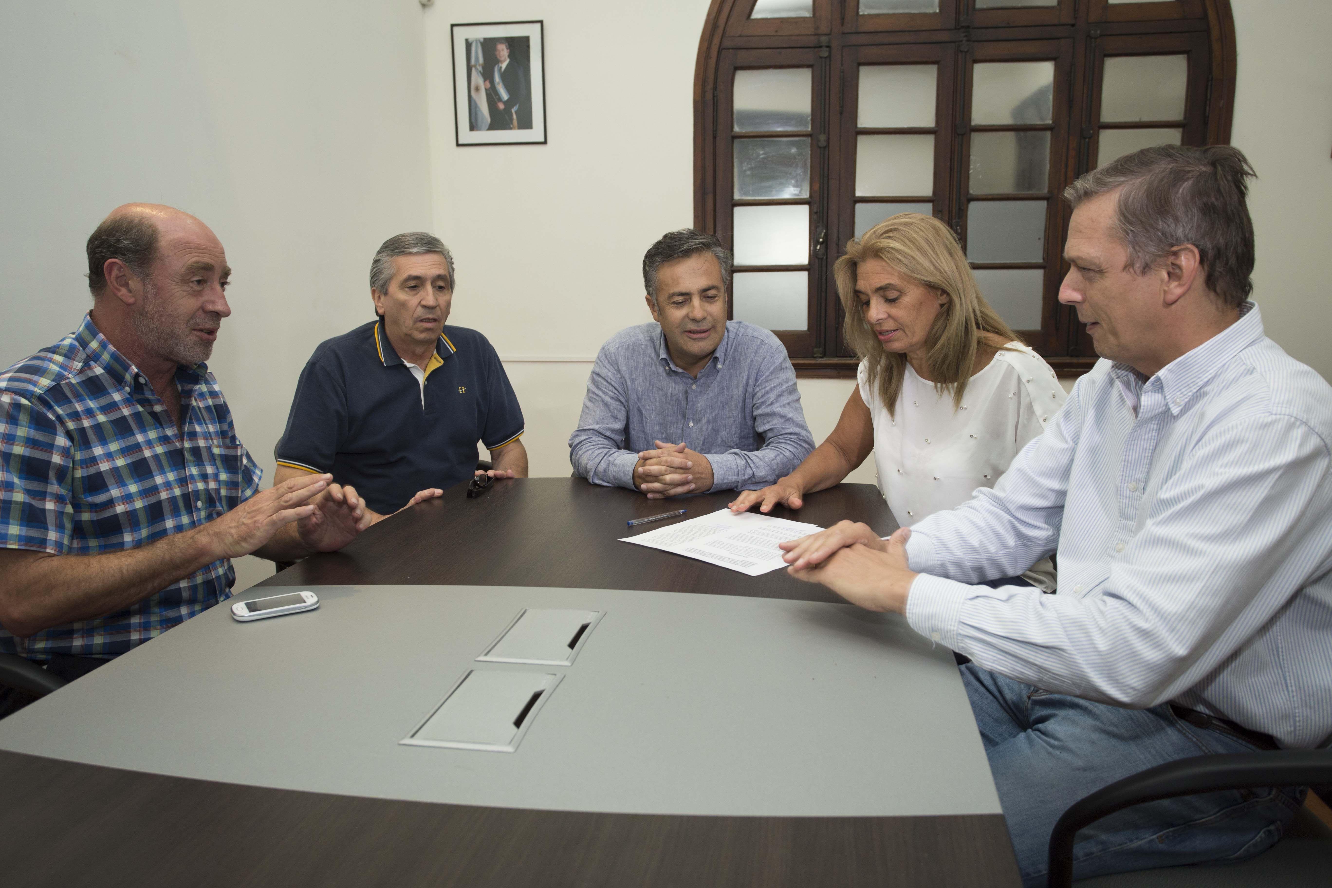 El Frente Renovador firmó un acuerdo con la UCR para ganar la gobernación de Mendoza