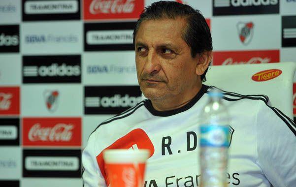 El Pelado Díaz quiere un delantero con gol y pidió al ex Newell's.