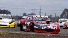 El humbolense Ian Reutemann, con una Dodge, logró el segundo lugar del podio en la cuarta fecha del TC Mouras desarrollada en San Nicolás de los Arroyos.