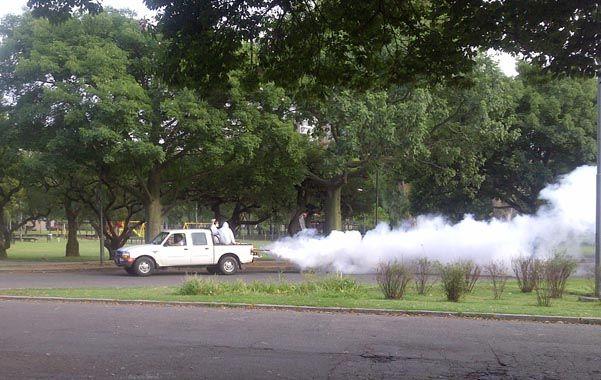 Fumigación. El municipio profundizó la prevención en parques y plazas