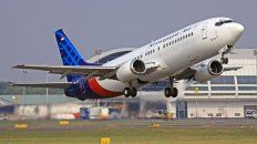 El Boeing 737 desaparecido transportaba a más de 60 personas, de las cuales 56 son pasajeros.