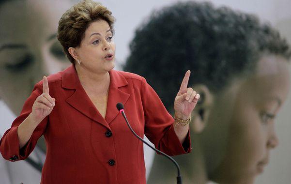 Promesa. Dilma dijo que las ganancias serán destinadas a la educación.