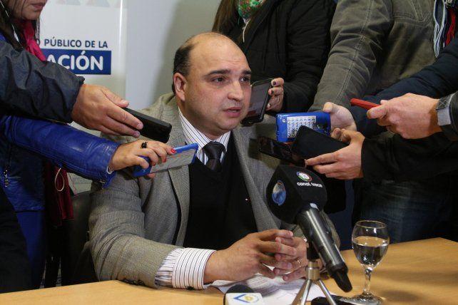 El fiscal. Roberto Apullán investiga la denuncia anónima sobre el D4.
