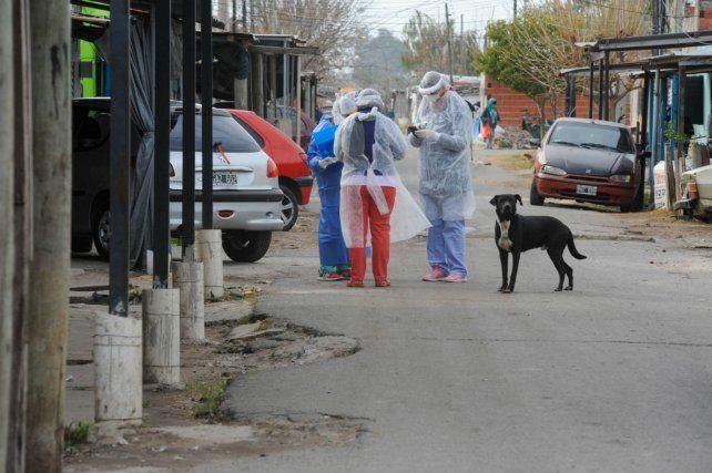 Los casos detectados en el barrio Santa Lucía generaron preocupación.