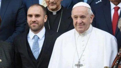 El ministro de Economía Martín Guzmán se reunión con el Papa Francisco en el Vaticano.
