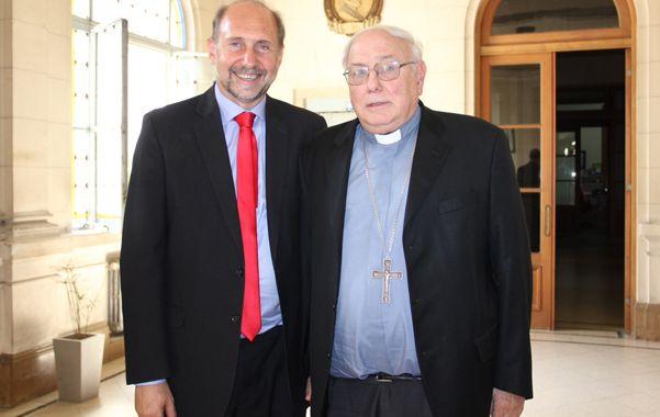 Omar Perotti visitó a monseñor Arancedo en la Arquidiócesis santafesina.
