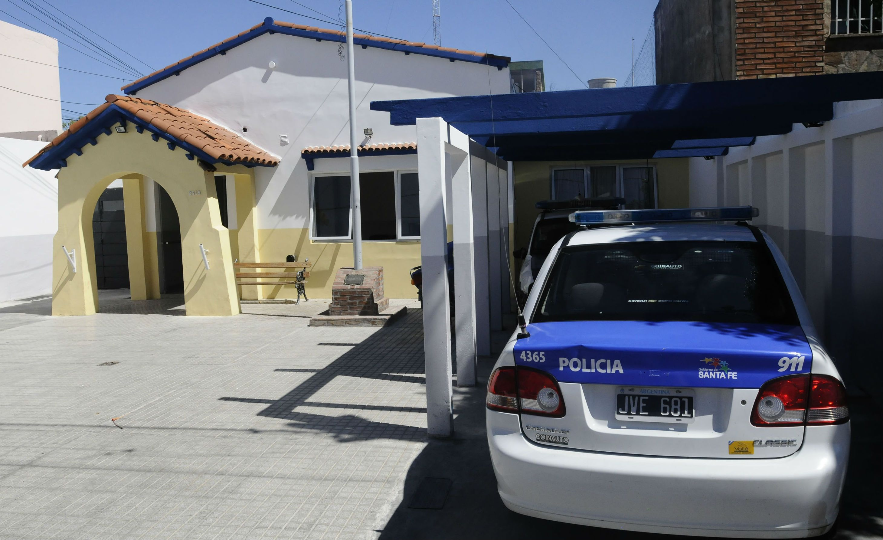La Escuela Cristiana Evangélica Argentina que fue asaltada esta mañana está ubicada en la zona en la que tiene jurisdicción la Secciónal 10ª de policía.