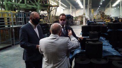 Scioli y Perotti visitaron las empresas de la región que tienen fuertes vínculos con Brasil.