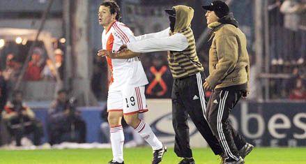 River quedó al borde del descenso al perder 2 a 0 en cancha de Belgrano