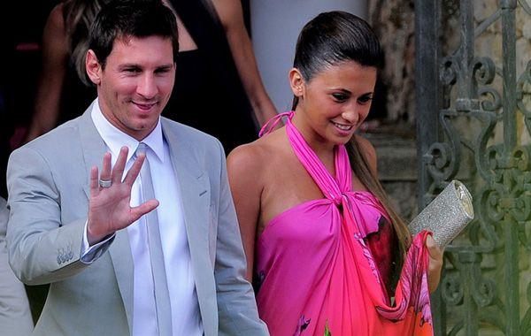 Son de acá. El astro Lionel Messi y su pareja Antonella Rocuzzo.