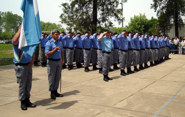 El personal del Servicio Penitenciario también recibirá el monto para uniformes.
