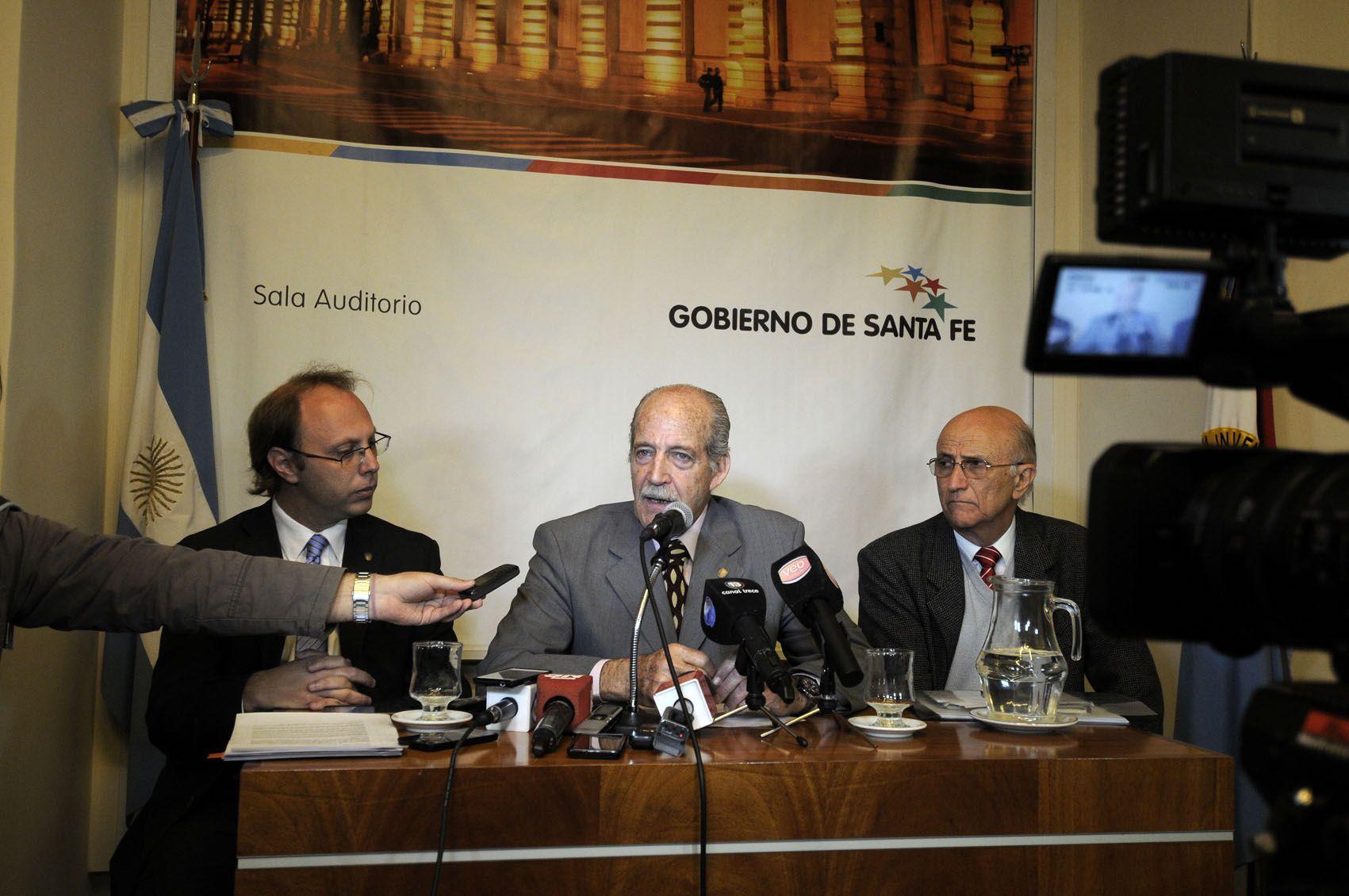 El ministro Sciara presentó el proyecto junto a los secretarios de Finanzas y Hacienda.
