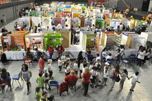 Cada vez más jóvenes de distintas localidades del sur santafesino, eligen a Venado Tuerto para estudiar.