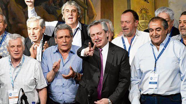 Compañeros. El presidente junto a integrantes de la CGT.