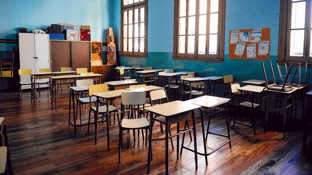 aulas vacías. La pandemia de coronavirus obliga a un retorno paulatino y gradual de las clases. La idea es comenzar primero en escuelas rurales.