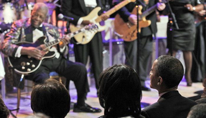 Obama se lució cantando blues junto a BB King y Mick Jagger (Video)