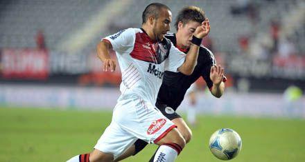 Newells: Martino paró ayer entre los titulares a Leandro Torres por Noir