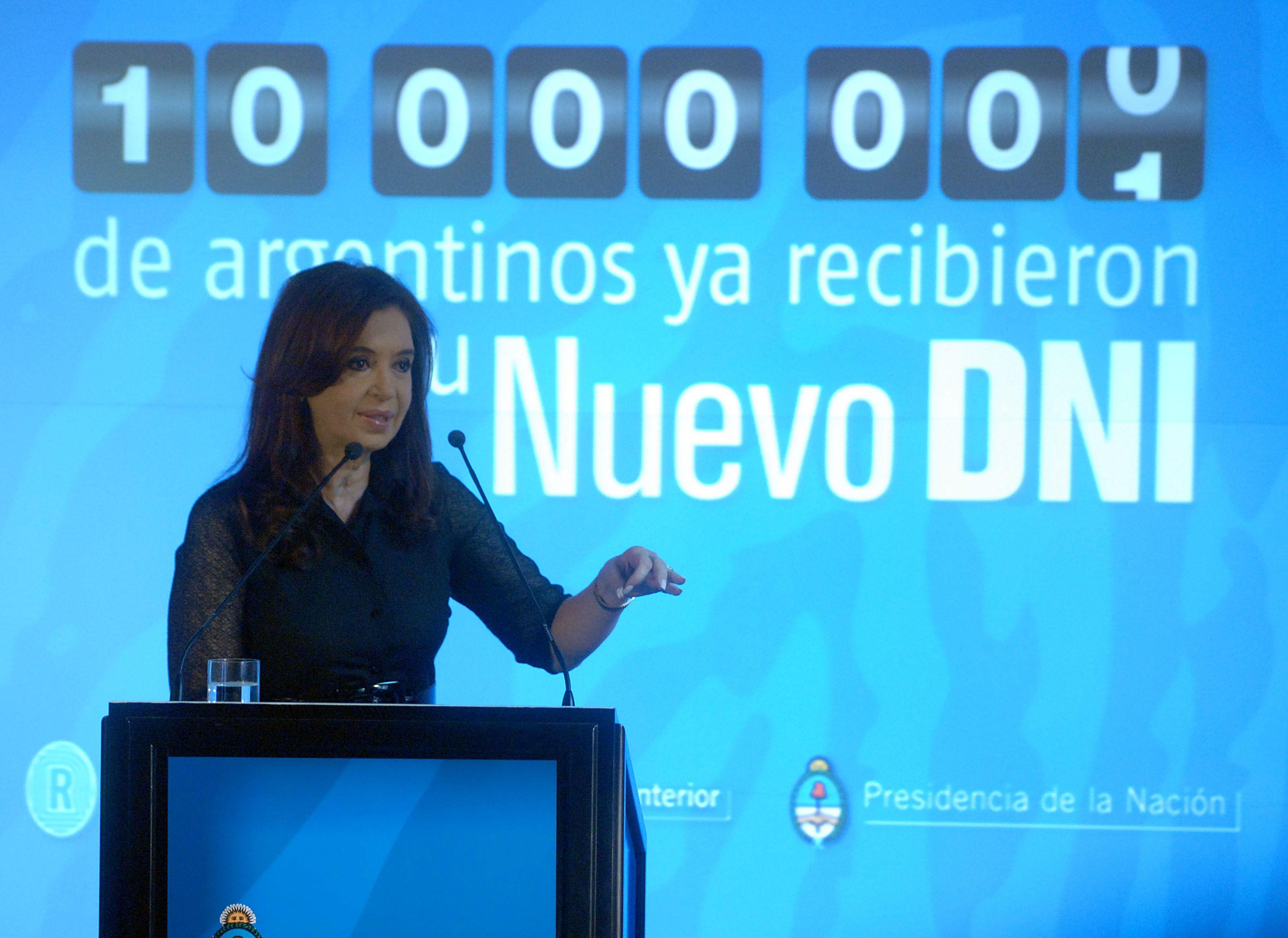 Cristina dijo que el 25 por ciento de la población tiene el nuevo DNI