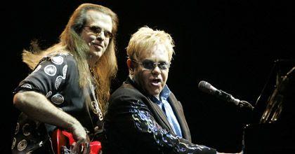 Elton John conmovió a sus seguidores en un gran recital en la Bombonera