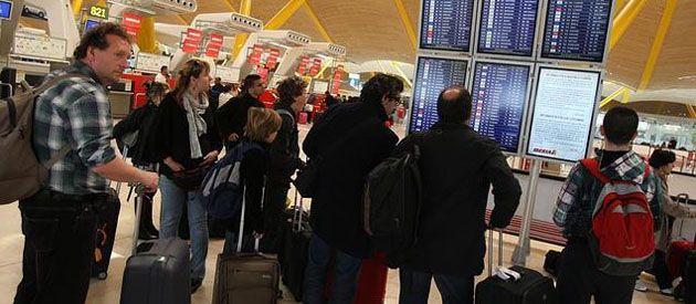 Los expertos estiman que los españoles nacionalizados son los que más buscan otros destinos.