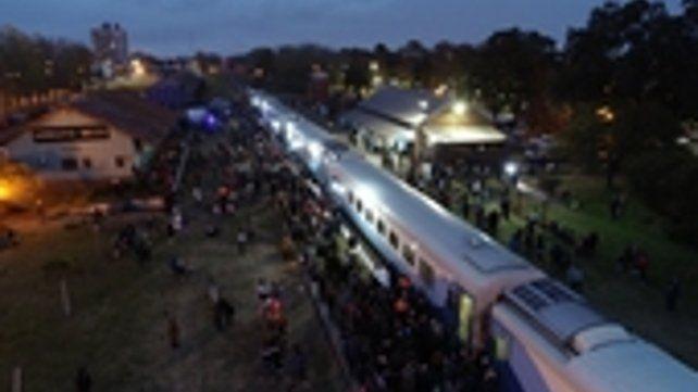 Arroyo Seco. El tren de Rosario a Buenos Aires vuelve a parar en la estación de la ciudad.