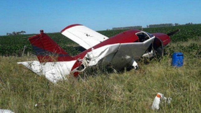 Roja. La aeronave cayó en un campo de San Justo el sábado a la tarde.