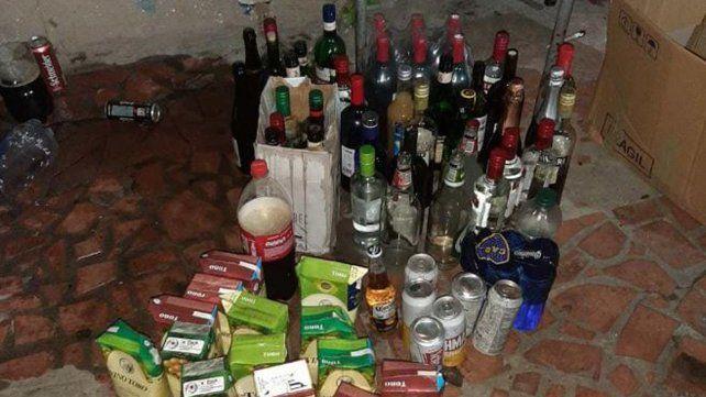 La nueva práctica ritual entre los jóvenes que comienzan el quinto año del secundarioesdenominado último primer día e incluye fuerte consumo de alcohol.