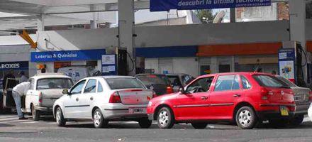 Alarma por desabastecimiento de combustibles a estaciones independientes