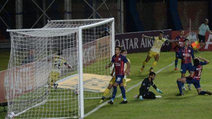 Central se quedó con una merecida victoria ante San Lorenzoy se ilusiona en la Sudamericana