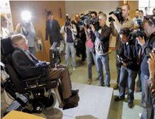 Stephen Hawking: es inevitable un desastre en el planeta en los próximos 100 años