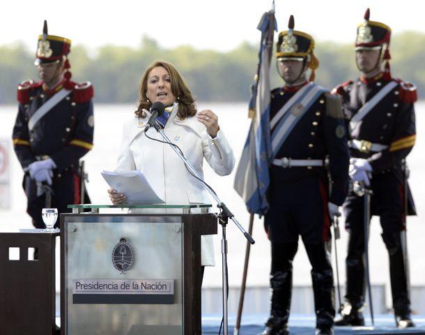 Mónica Fein se comprometió a defender el legado de Belgrano. (Foto: H. Rio)