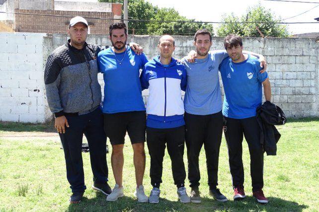 Cuerpo técnico: El entrenador Damián Sciretta con plantel de colaboradores.Agustín Fydriszewski