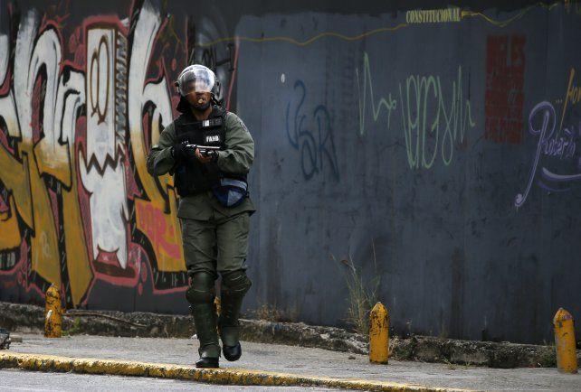 La represión policial se ha hecho sistemática en Venezuela al menos desde 2017. Cientos de jóvenes han muerto o han sido condenados por tribunales militares.