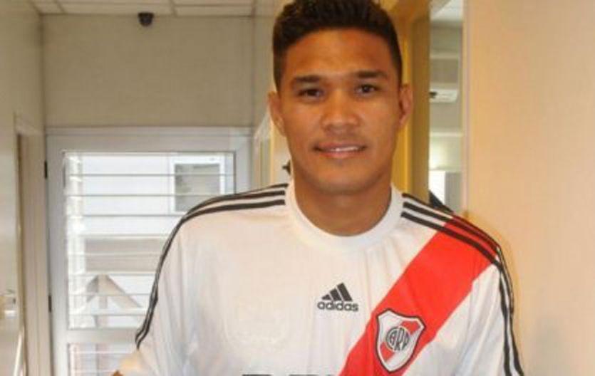 Ahora sí. El delantero colombiano finalmente podrá debutar con la camiseta de River.