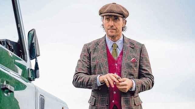 En problemas. Matthew McConaughey interpreta al líder de la venta de marihuana en Londres.